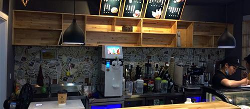 <h3>咖啡厅</h3>
