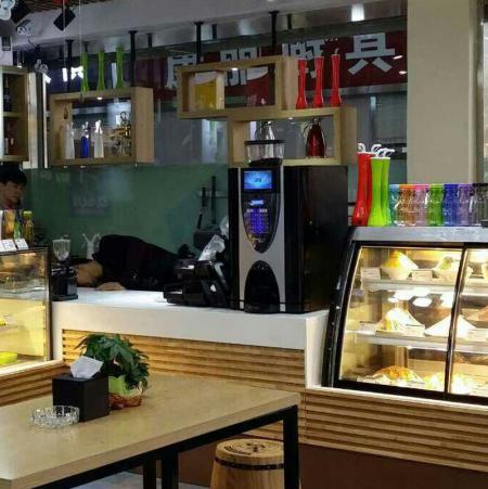 金米兰E3S在烘焙店